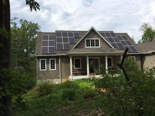 Ellyn Vail's solar installation