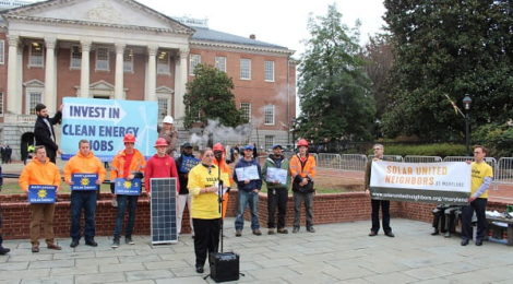 Solar United Neighbors Maryland Action Team member Nancy Franklin speaks at a Clean Energy Jobs rally in 2018.