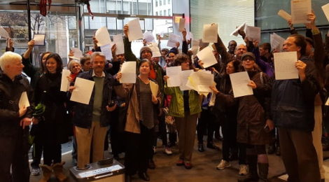 Dozens of solar supporters deliver letters to the D.C. PSC.