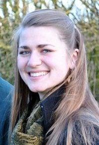Anna Carlson headshot